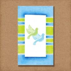 ST-026---Santinho-impresso-em-papel-opalina-branco-240g,-sobreposto-por-papel-vegetal-branco-importado-100g.-Medalhinha-presa-com-fita-de-cetim-azul-claro-.-Vendidos-em-múltiplos-de-8.-Pedido-mínimo-de-24-unidades-R$120,00.-